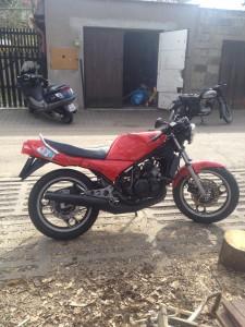 Servis malých motorek - Yamaha RD350