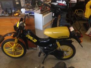 Servis mopedu - Honda PX-R