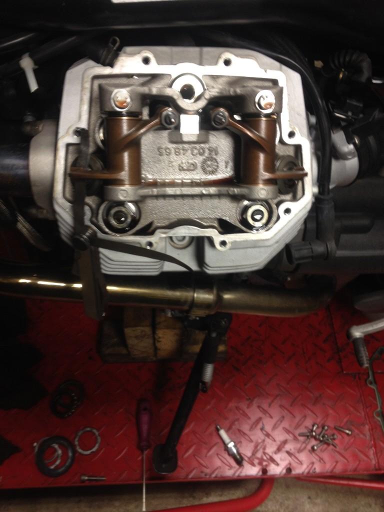 Seřízení ventilu - Moto Guzzi Griso