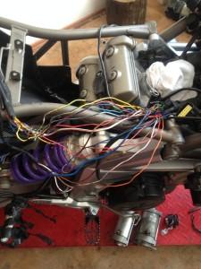 Oprava kabelového svazku - Aprilia Drosoduro 750